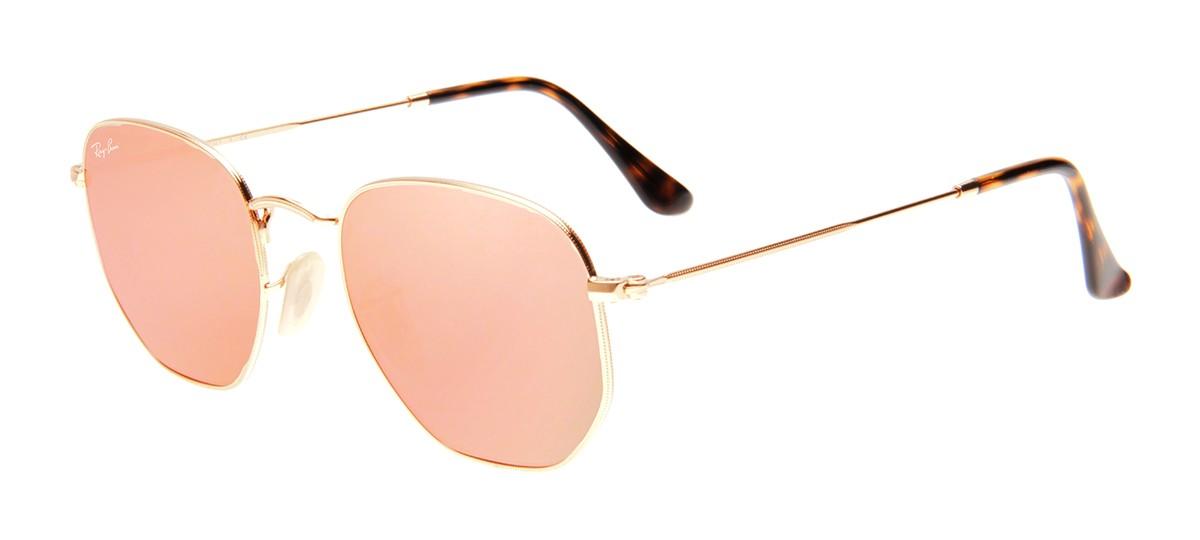 Seu formato com 6 pontos trouxe um visual totalmente novo para os óculos de  sol. Além disso, a combinação de cores, entre o rosê e ... 454ae8cc12