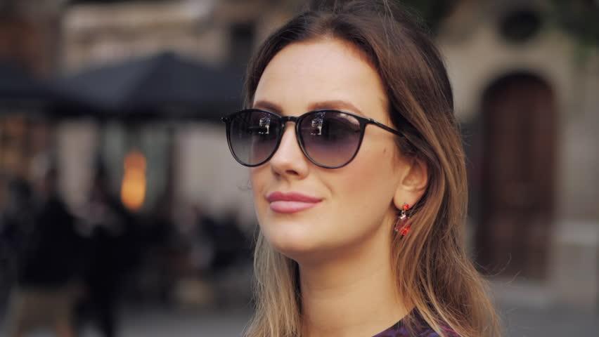 cf7e6d06844ac Óculos para rosto oval feminino - Inspire-se - QÓculosQÓculos